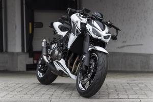 Kawasaki-Z1000-Special-White-Hoely_0002.jpg